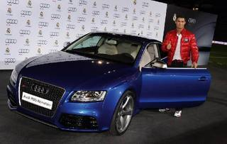 Cristiano-Ronaldo-cars-Collection_14.jpg